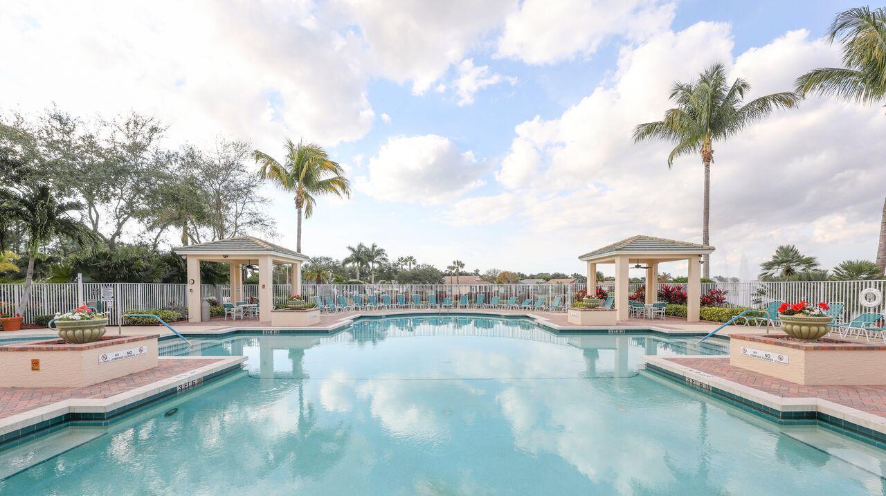 738 Sw Rocky Bayou Terrace, Port Saint Lucie, FL 34986