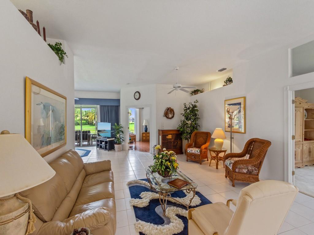 643 Nw Venetto Court, Port Saint Lucie, FL 34986