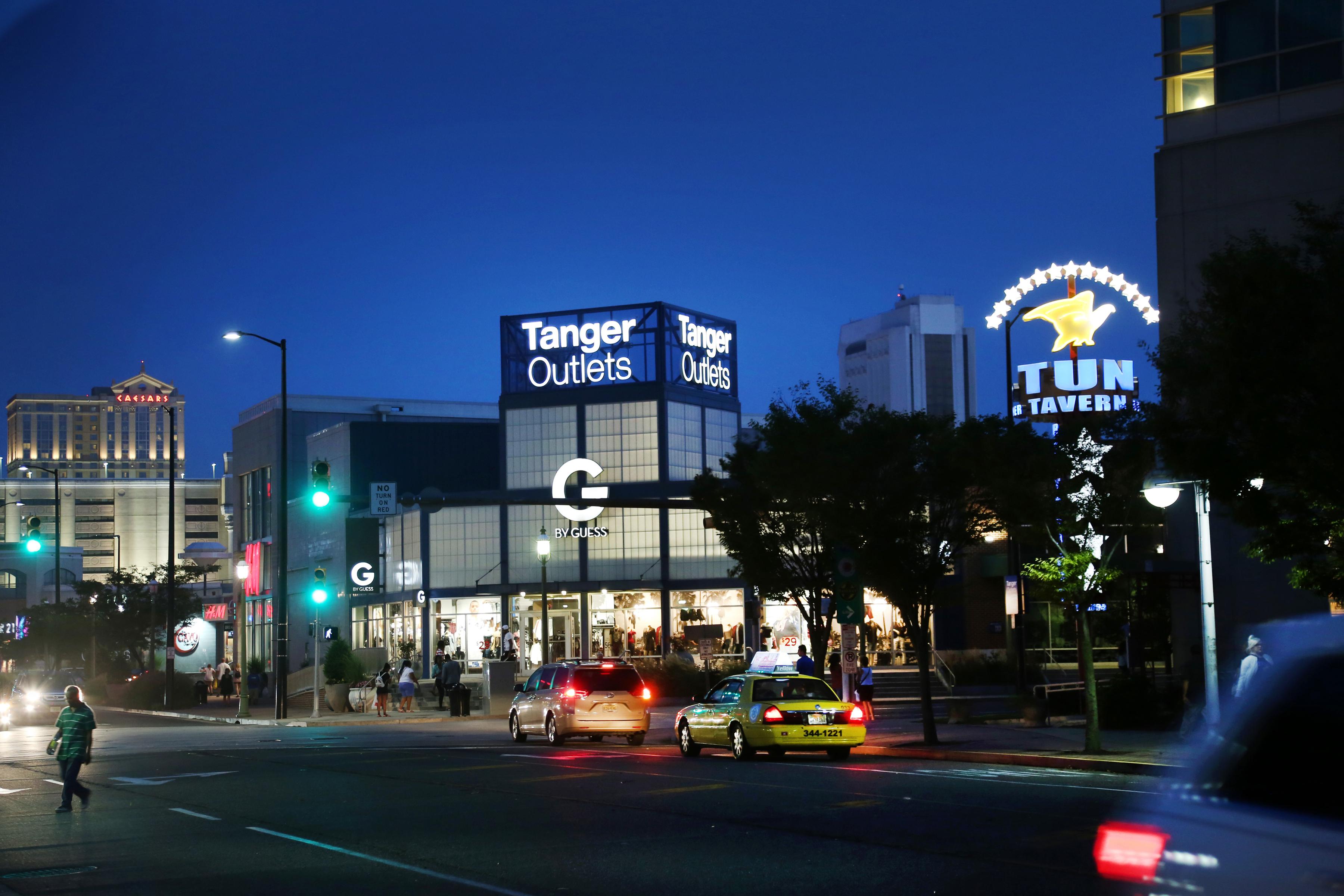 Anaheim Garden Walk Store Directory: Atlantic City - Attractions