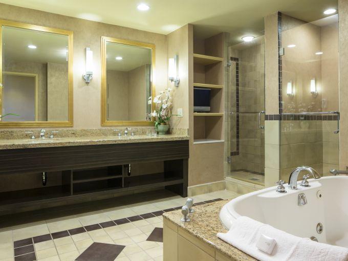 Showboat, Atlantic City, Hotel, Rooms, Beach, Ocean, Boardwalk, Interior, Bathroom