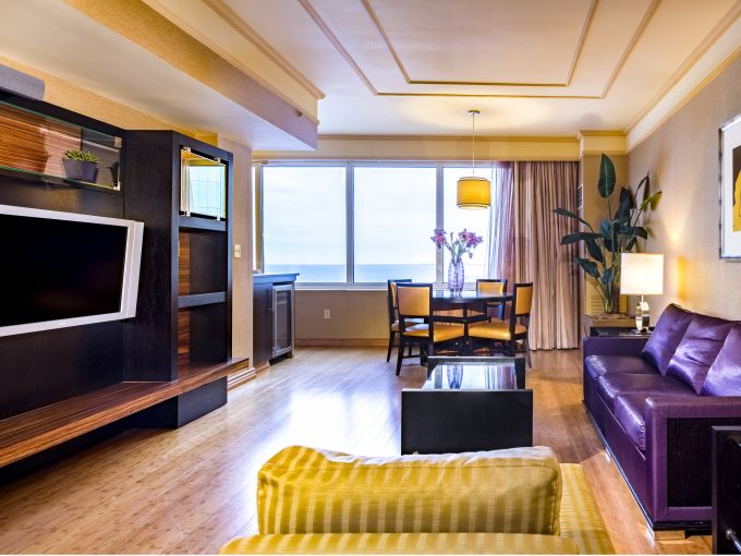 Showboat, Atlantic City, Hotel, Rooms, Beach, Ocean, Boardwalk, Interior, Living Room, Views