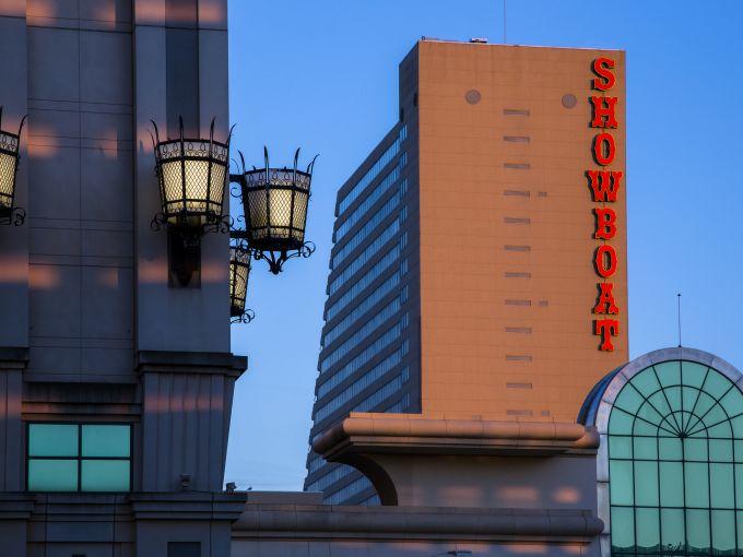Showboat, Atlantic City, Hotel, Rooms, Beach, Ocean, Boardwalk, Exterior, Facade