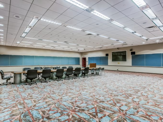 Atlantic City, Convention Center, meetings, trade shows, conferences, conventions, expos, interior, events, keynote session, set-up, space, trade show floor, booth, connect, networking, meeting room, technology, seating, tables