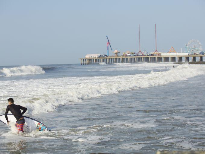 Atlantic City, Atlantic City beach, Atlantic Ocean, Boardwalk, Rolling Chairs, sunset, skyline, crowd, famous, historic, beach, sand, surfer, Steel Pier, rides