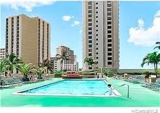 201 Ohua Avenue Waikiki Banyan Condo For Sale - pool