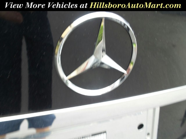 2011 Mercedes-Benz C-Class C300 Luxury photo