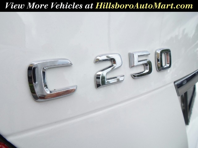 2013 Mercedes-Benz C-Class C250 Luxury photo