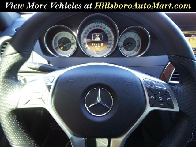 2012 Mercedes-Benz C-Class C250 Luxury photo