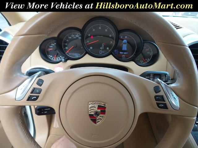 2011 Porsche Cayenne photo