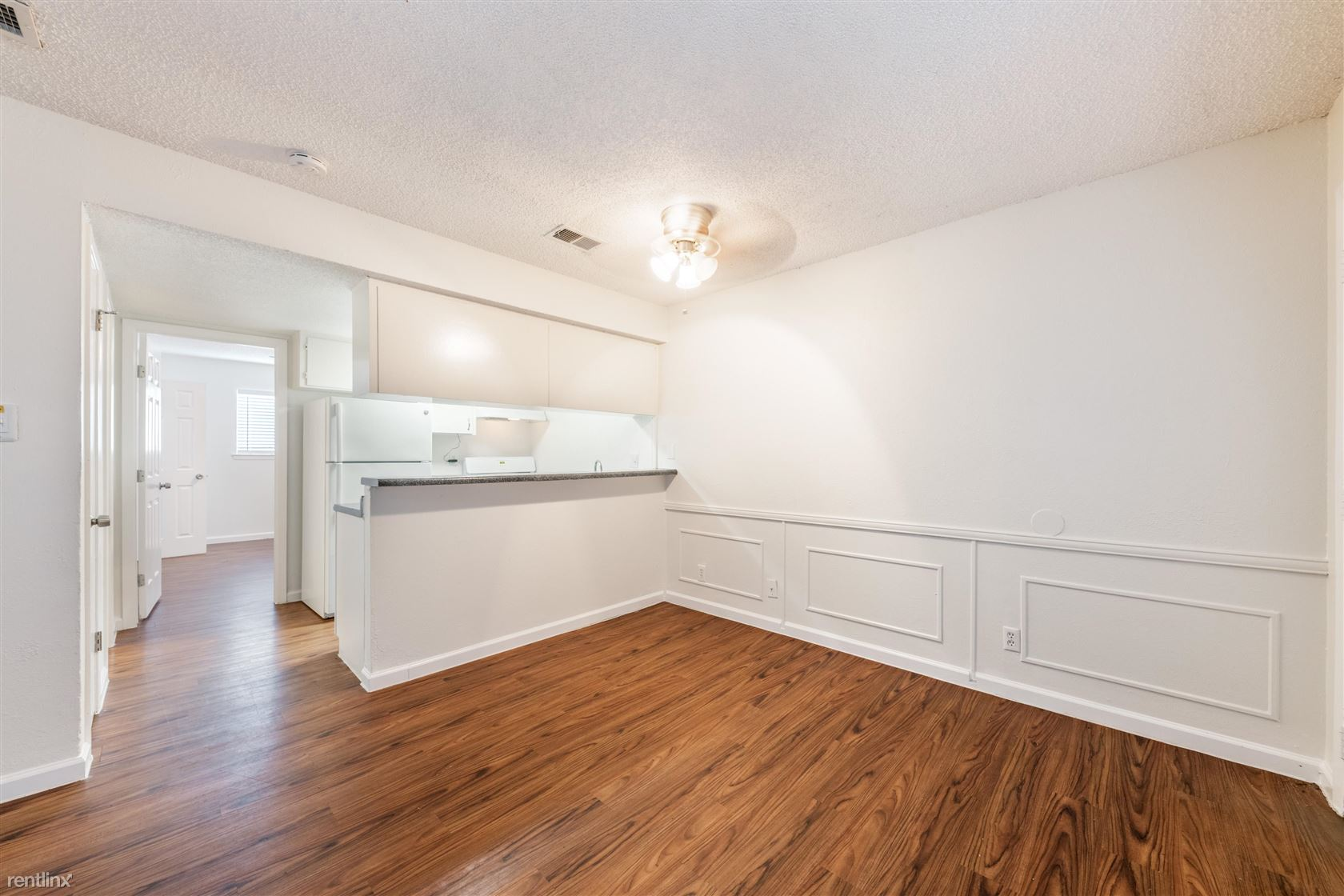 1405 Clearfield Dr, Austin, TX - $749 USD/ month
