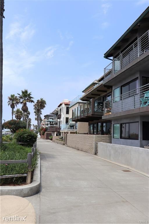 3900 The Strand Apt 3, Manhattan Beach, CA - $8,900