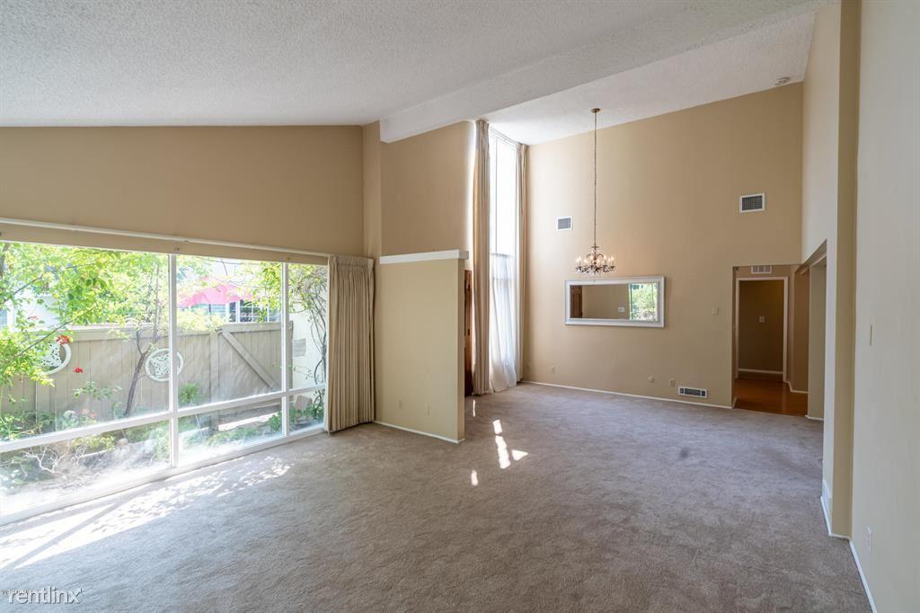 32015 Waterside Ln, Westlake Village, CA - $4,400