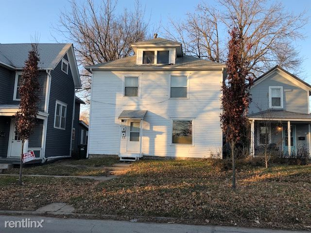 824 E Market St, Iowa City, IA - $2,500