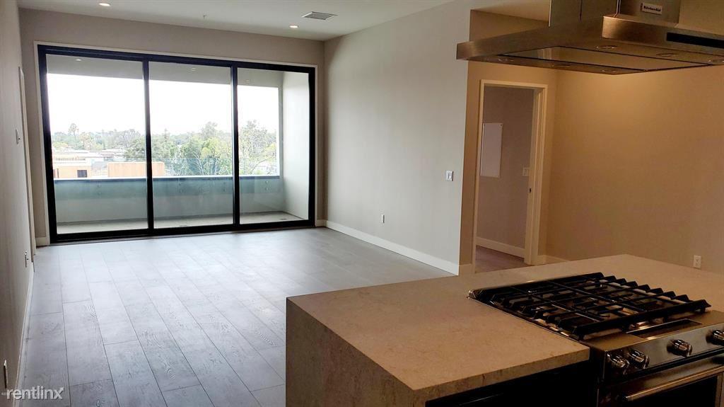 388 Cordova St Unit 409, Pasadena, CA - $4,800