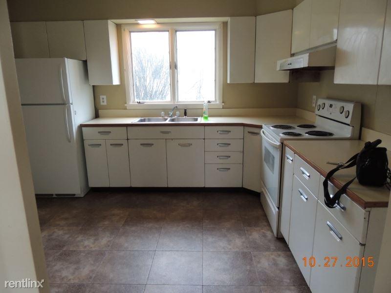 220 5th St W, Culbertson, MT - $875