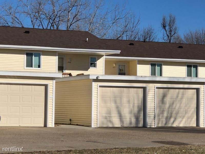 1718 NW Pine Rd, Ankeny, IA - $810