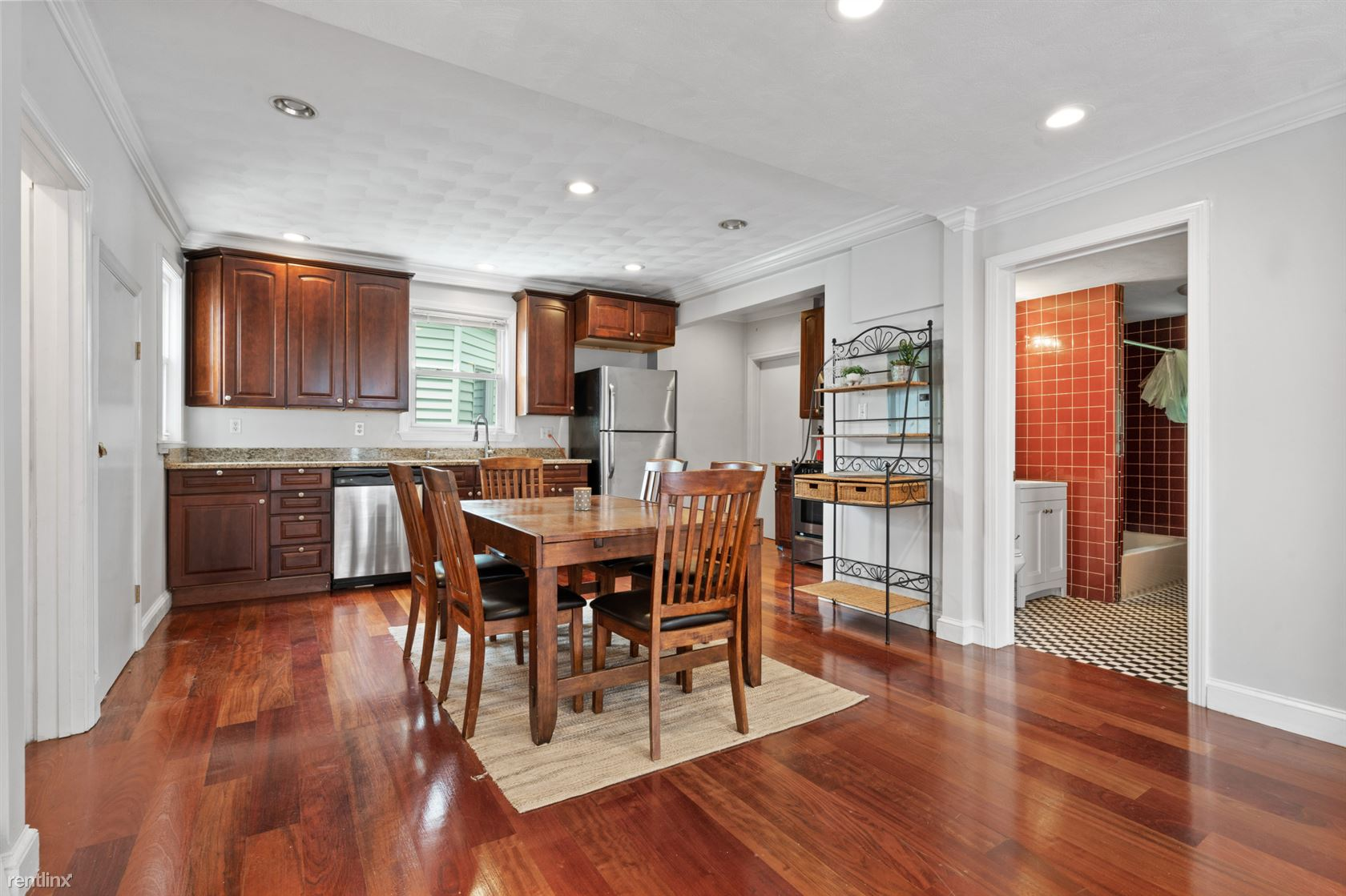 7 Blackwell St, Dorchester, MA - $3,350