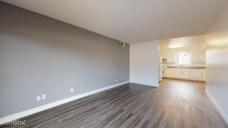 305 W San Marcos Blvd, San Marcos, CA - $1,770