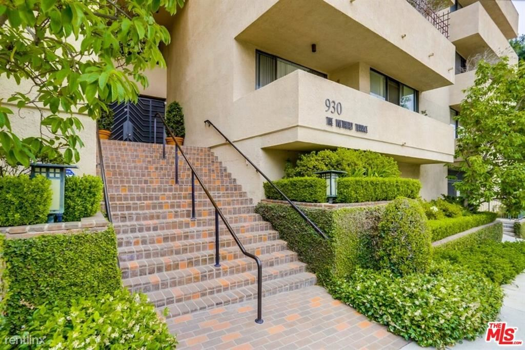 930 N Wetherly Dr Apt 302, West Hollywood, CA - $7,250