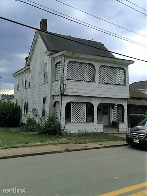 315 Marshall St a, Mcmechen, WV - $694