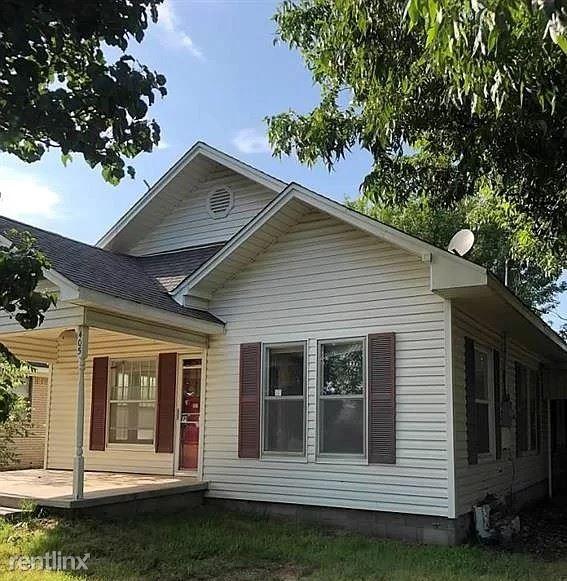 405 W Choctaw Ave a, Rush Springs, OK - $496