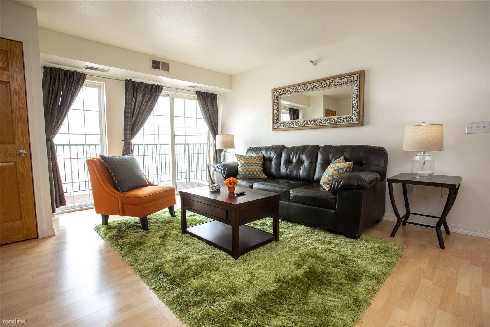 West Franklin Avenue & Lyndale Avenue South, Minneapolis, MN - $2,600