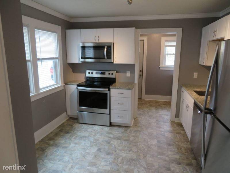 1012 8th Ave S, Saint Cloud, MN - $1,560