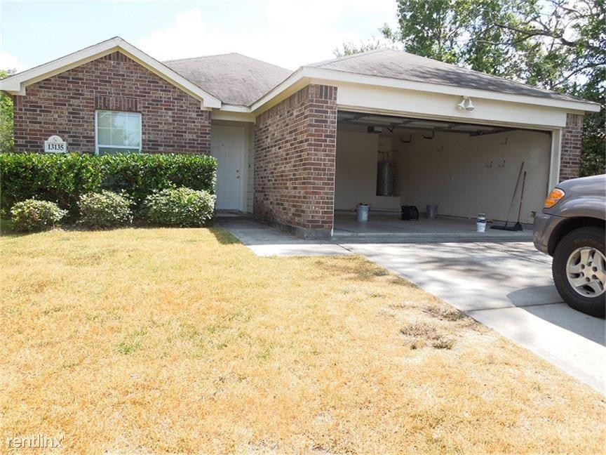 13135 Greenbriar, Willis, TX - $1,500