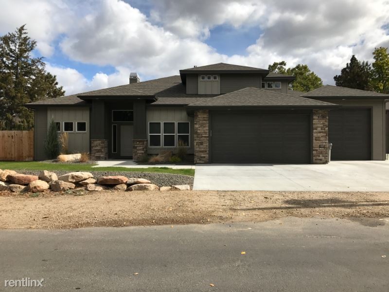 592 S. Cotterell Dr, Boise, ID - $800