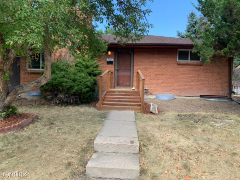 3481 W Berry Dr, Littleton, CO - $2,095