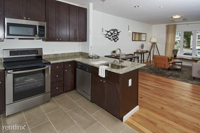 Park Pl, New Rochelle, NY - $2,900