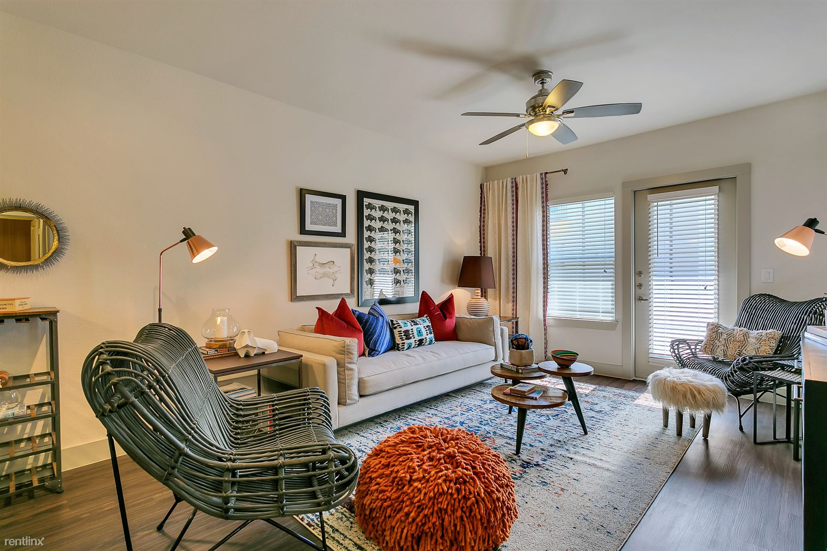 Fort Worth Ave and Sylvan Ave, Dallas, TX - $885
