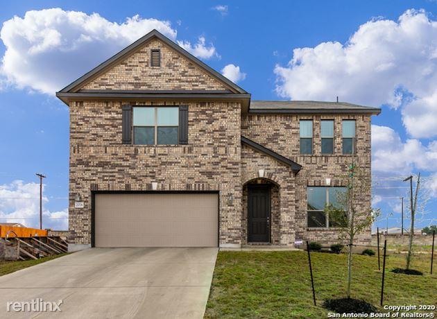 2076 Oxbow Circle, New Braunfels, TX - $2,470