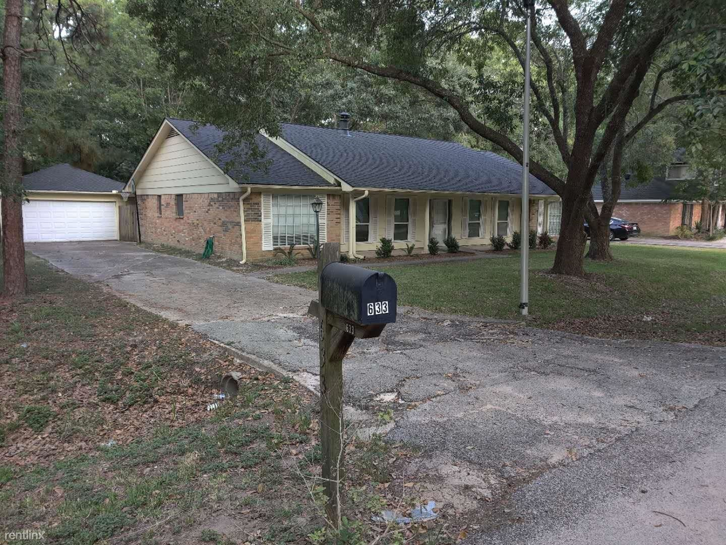 633 Mosswood Dr, Conroe, TX - $1,598