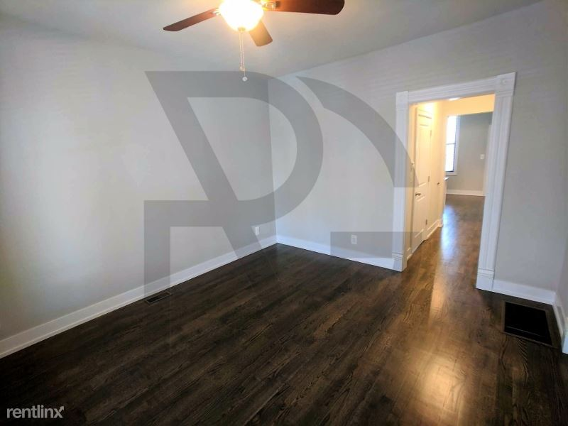 3250 N Lakewood Ave CH1, Chicago, IL - $2,500