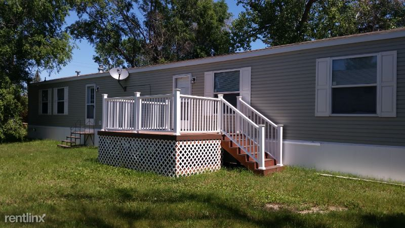203 2nd St South, Froid, MT - $875