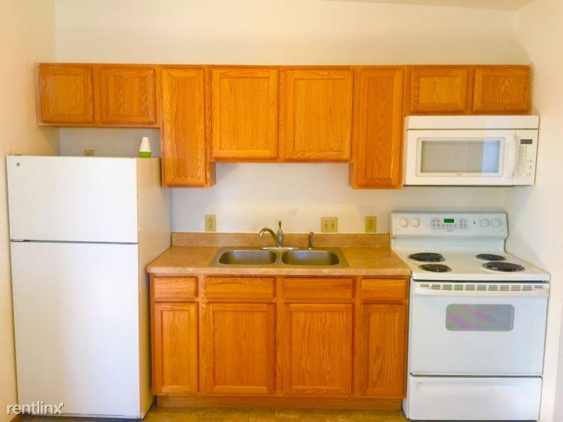 618 E 9th Ave, Anchorage, AK - $825