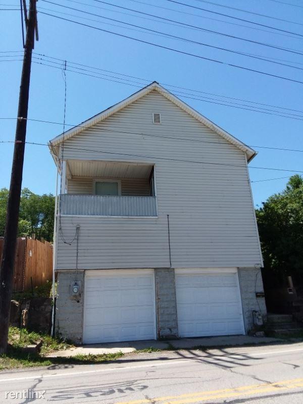 126 Elmwood Street, New Castle, PA - $595