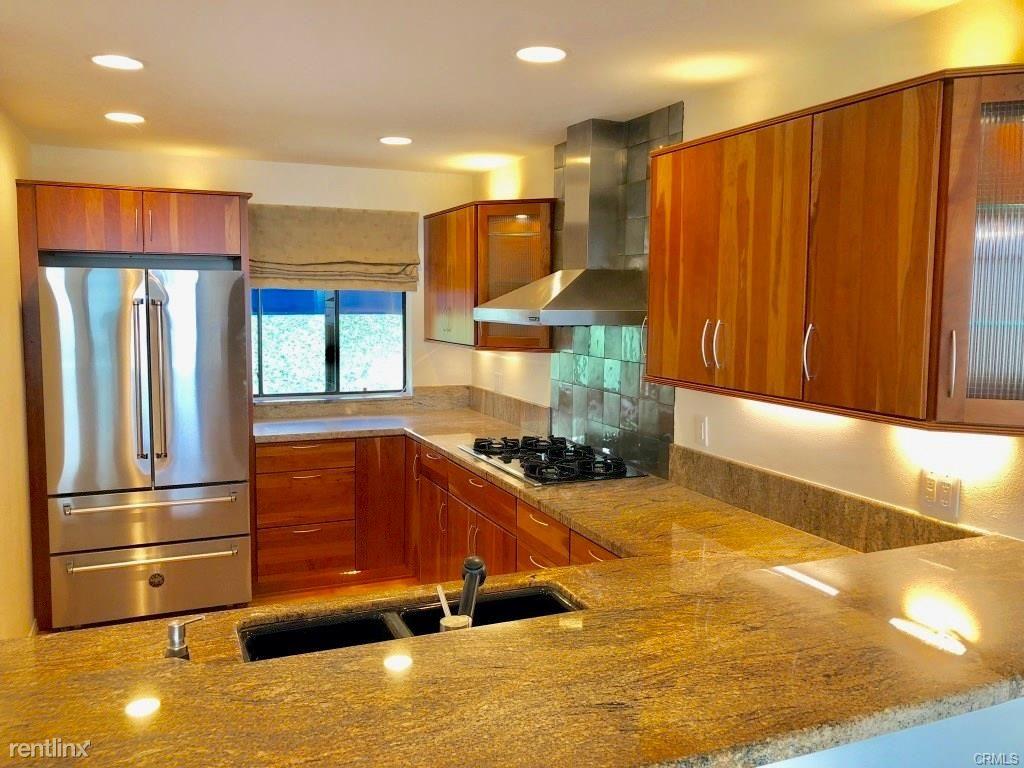 736 Gould Ave Unit 30, Hermosa Beach, CA - $6,000