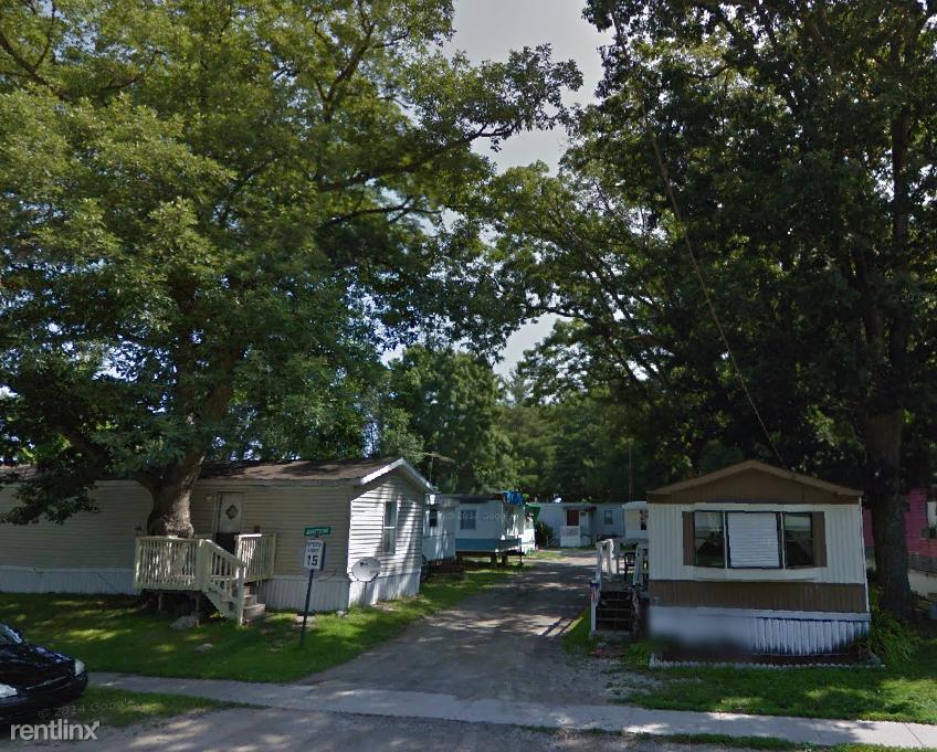 320 N Cedar St, Sanford, MI - 500 USD/ month