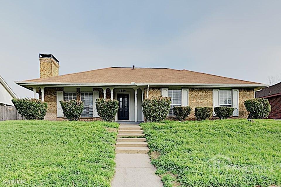 8825 Westfield Drive, Rowlett, TX - $1,699
