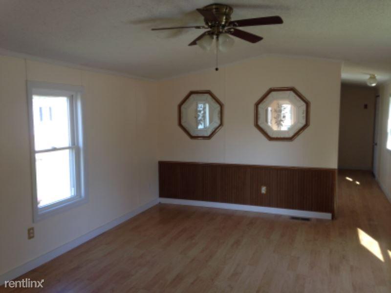 22 First Street, Kenduskeag, ME - $1,150