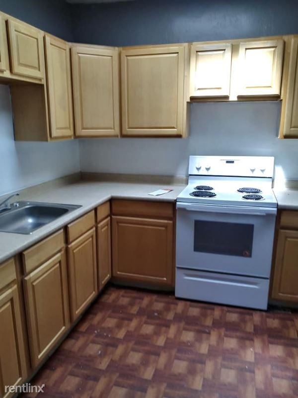 264 Rt32 2, Central Valley, NY - $1,250