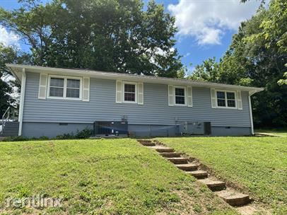245 S Benedict Ave, Oak Ridge, TN - $795
