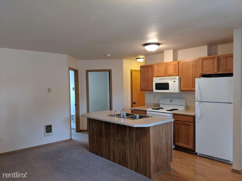 425 2nd Ave W, Kalispell, MT - $1,200