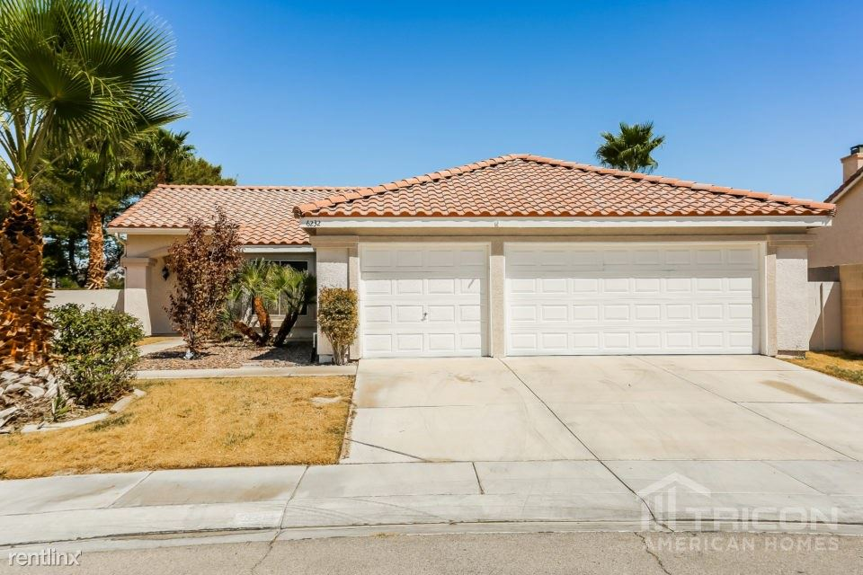 6232 Shadow Oak Drive, North Las Vegas, NV - $1,599