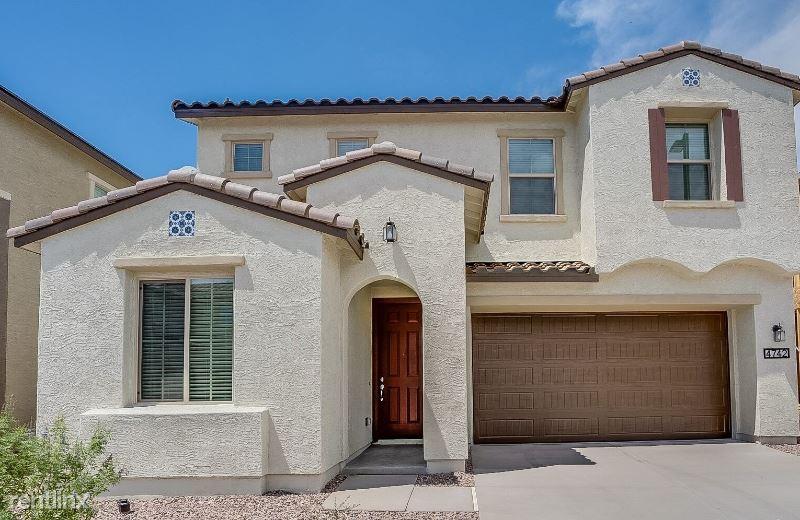 4742 E Tremaine Ave, Gilbert, AZ - $2,250