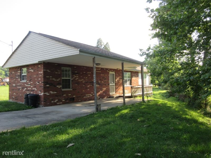 6798 Baker Rd, Huntington, WV - $695