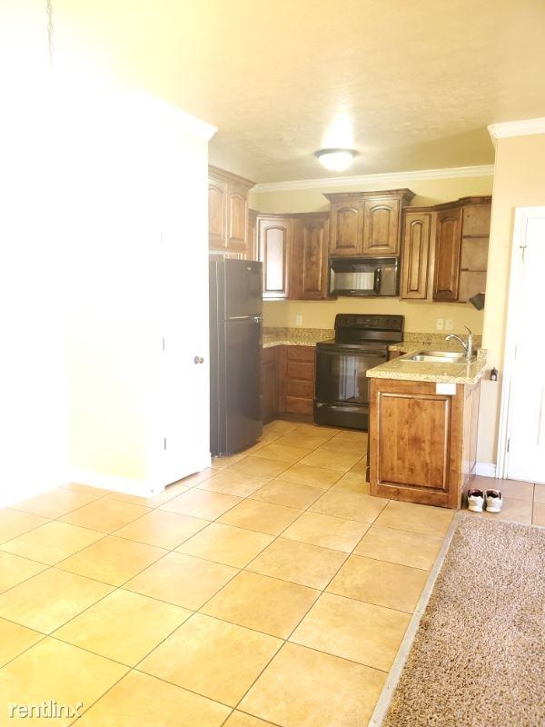 678 North 700 East 203, Pleasant Grove, UT - $1,300