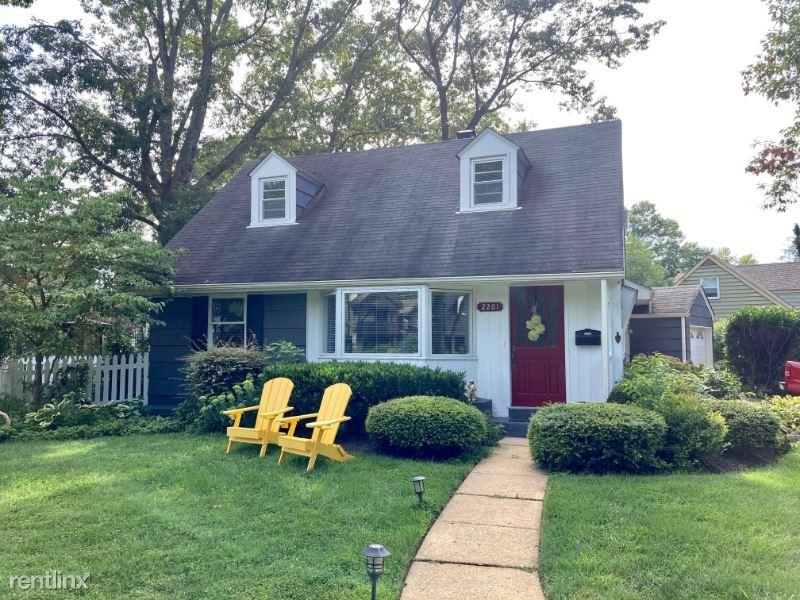 2201 Harvard Drive, Alexandria, VA - $2,950